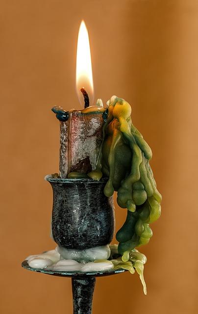 candle-397965_640.jpg